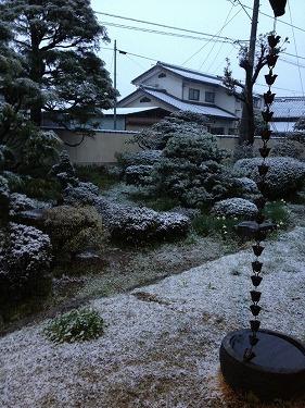 まさかの雪!第15回長野マラソン