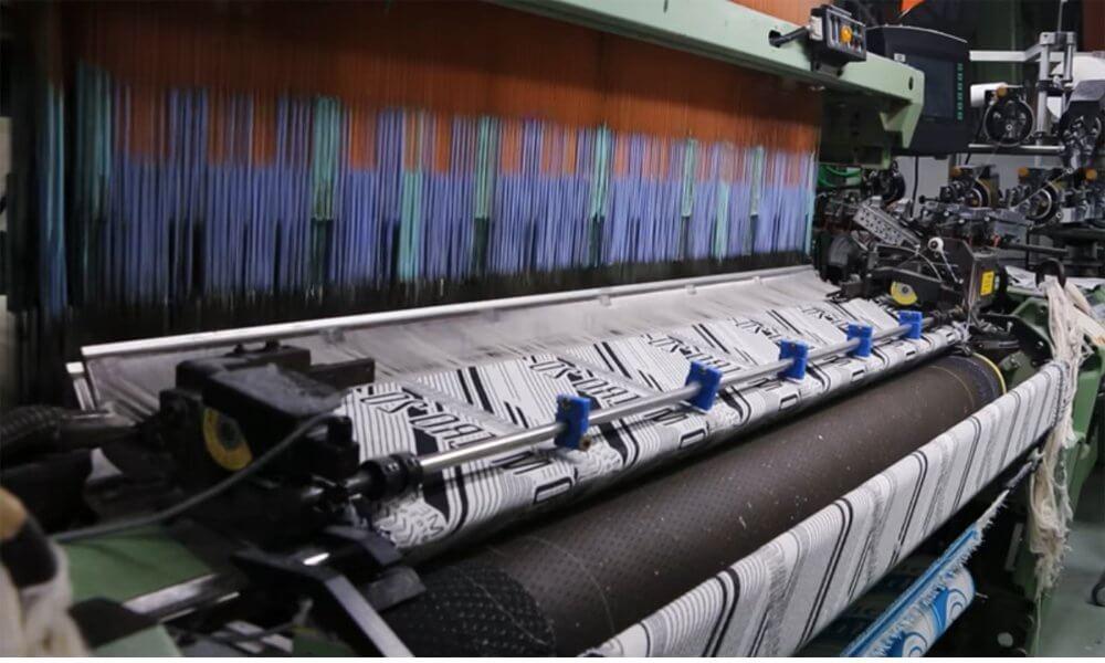 フラット織タオル製作風景