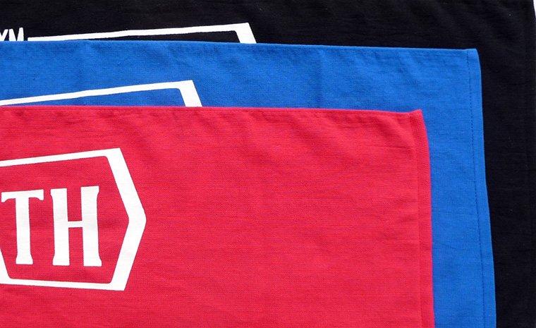 3色(黒、青、赤)